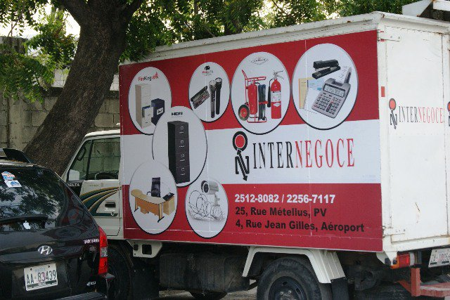 InterNegoce car wrap by DigiLab Haiti