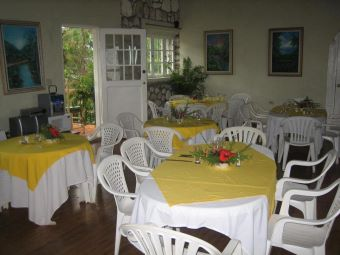 dinning area at ranch le montcel kenscoff haiti