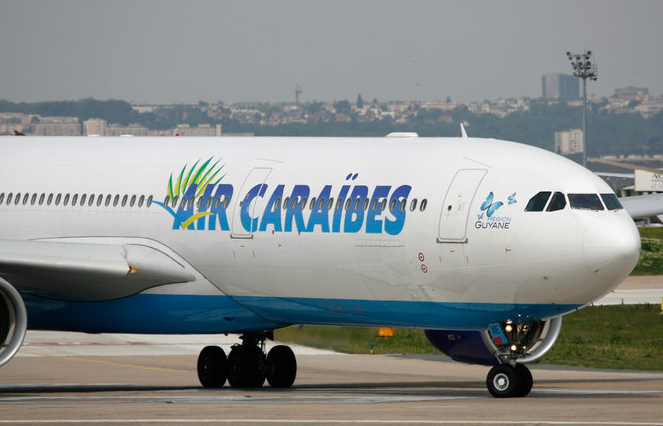 Air Caraibes - Paris port au prince
