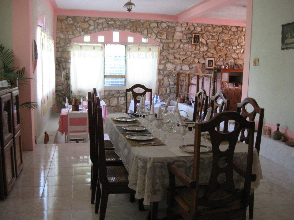 Vue La Montagne (VLM) Lodge Guesthouse Hotel