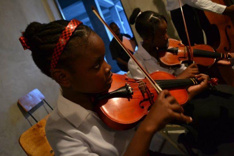 L'Ecole de Musique Othello Bayard des Cayes