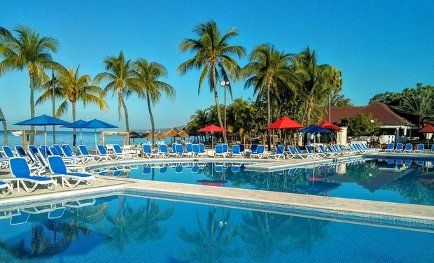 Royal Decameron Resort