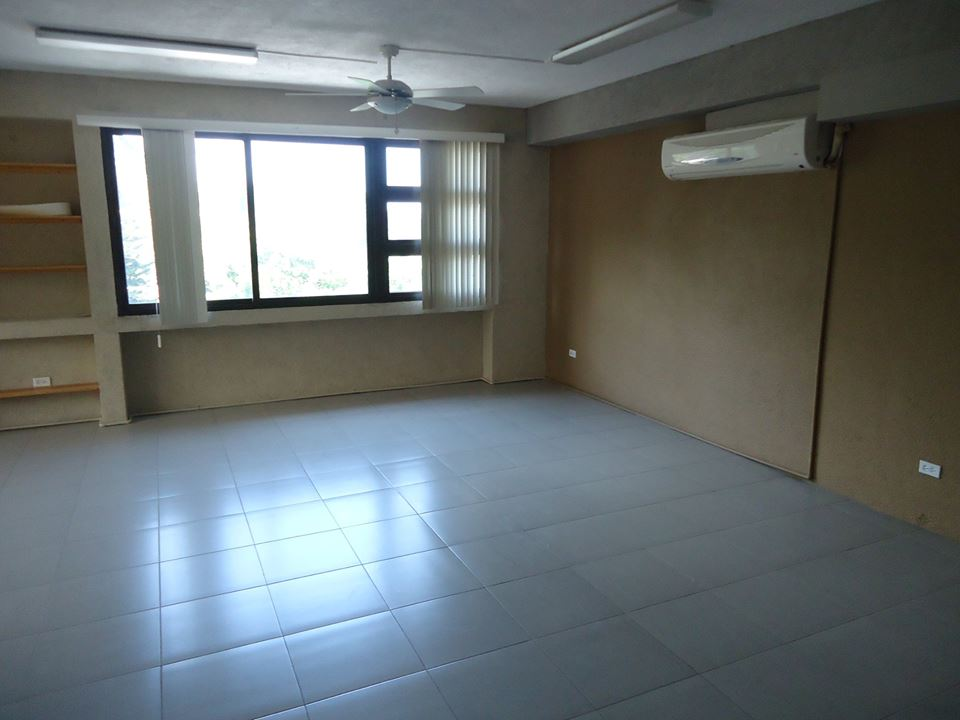 Commercial Office Space in Petion-Ville