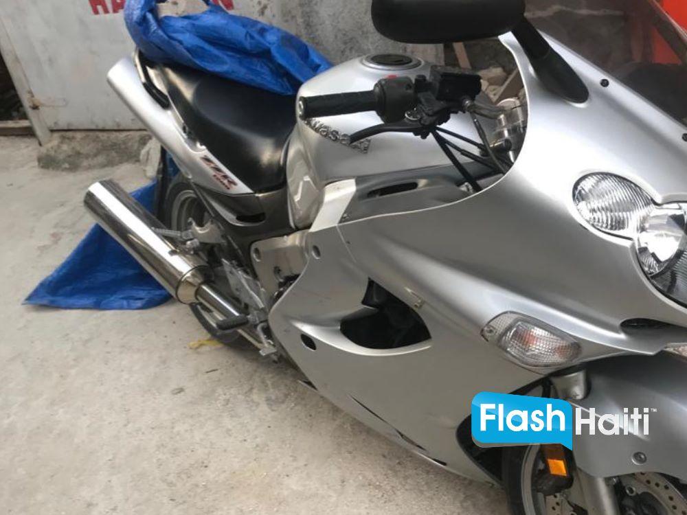 Kawasaki Ninja ZZR 1200cc