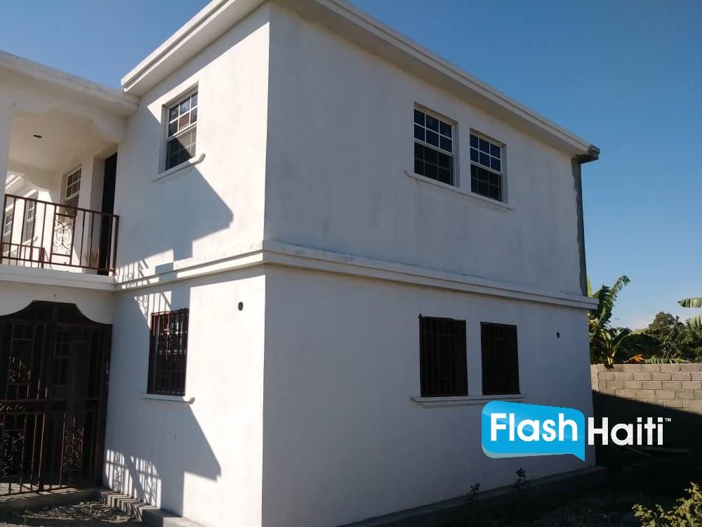 Maison à Vendre à Madeline, Cap-Haïtien