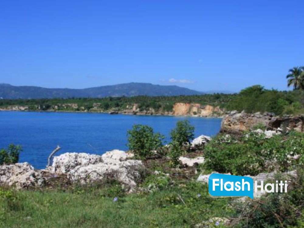 Ocean front Land for sale in Meyer, Jacmel