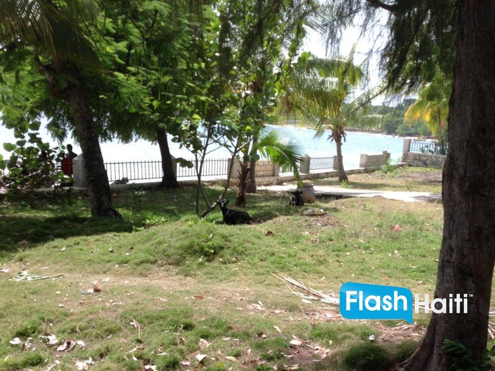 Beachfront Property at Grand Goave 5,805 m2