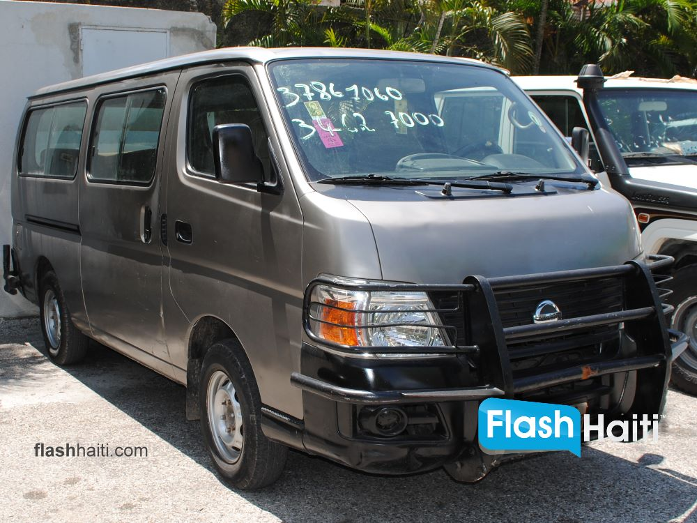 2009 nissan bus for sale in haiti at universal motors. Black Bedroom Furniture Sets. Home Design Ideas
