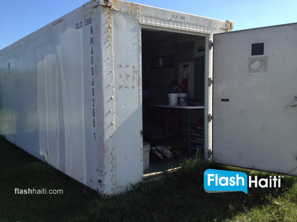 20 Foot Insulated Containers with Cargo Doors For Sale in Haiti