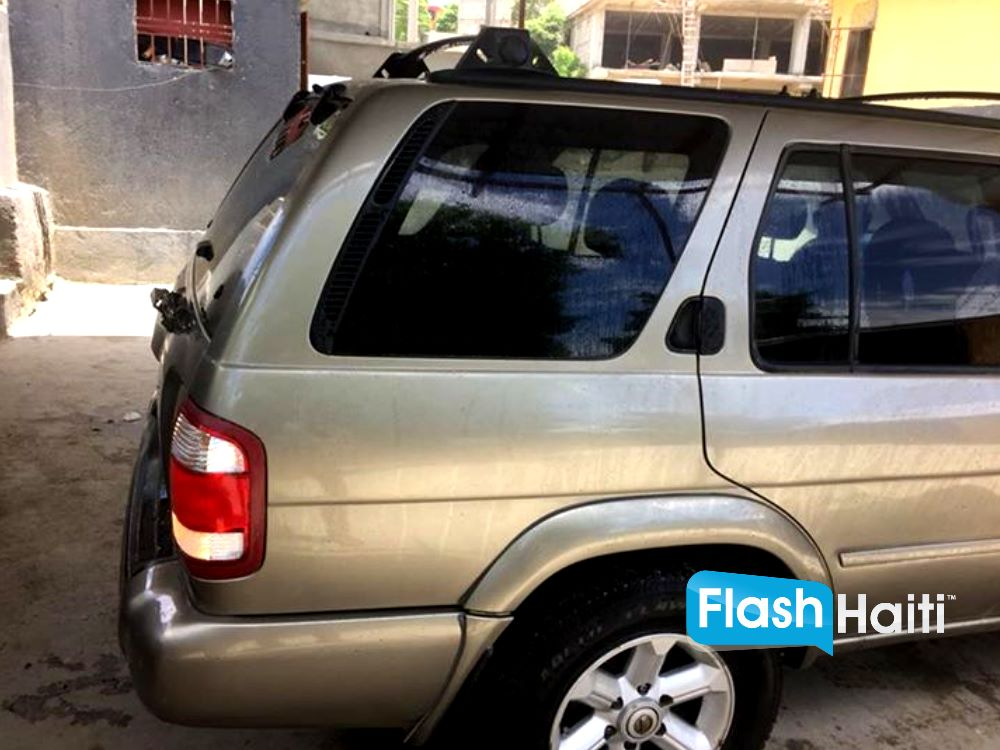 2003 nissan pathfinder voiture d occasion a vendre en haiti. Black Bedroom Furniture Sets. Home Design Ideas