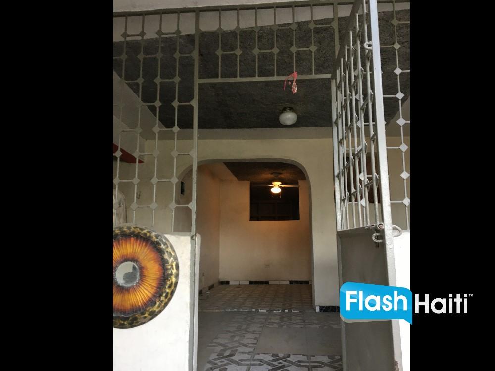 Studio Appartement a Louer Girardo, Petionville