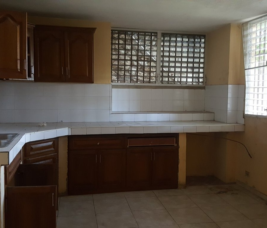 3 Bed Apartment For Rent: 3 Bed, 2 Bath Apartment For Rent At Bourdon, Musseau, Haiti