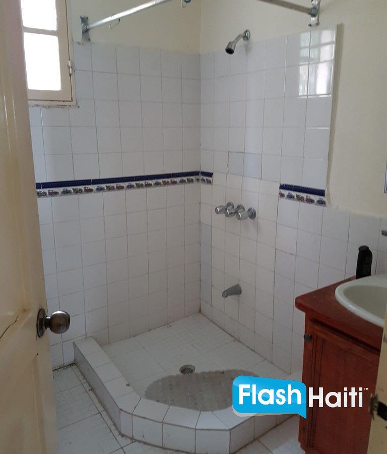 3 Bed, 2 Bath Apartment at Thomassin