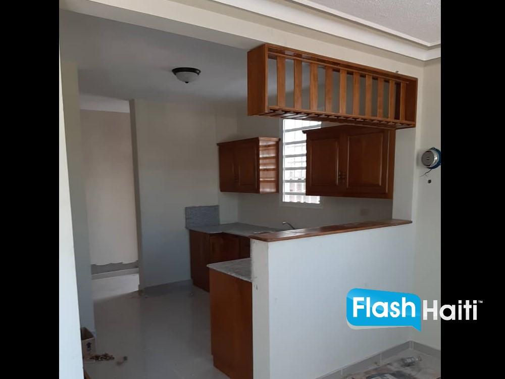 5 Appartement à louer à Delmas 75