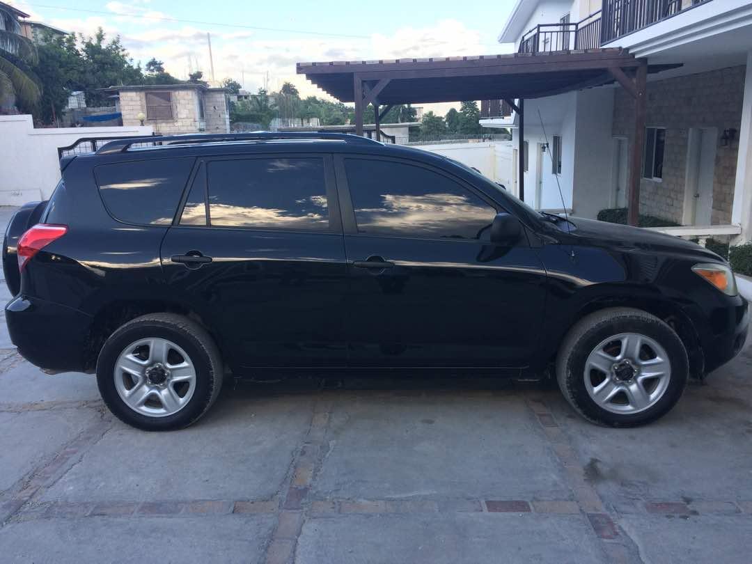 2006 toyota rav4 black car for sale in port au prinec haiti. Black Bedroom Furniture Sets. Home Design Ideas