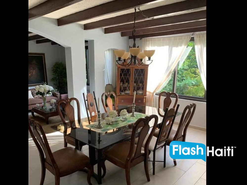 4 Bed, 3 Bath House for Sale at Peguyville