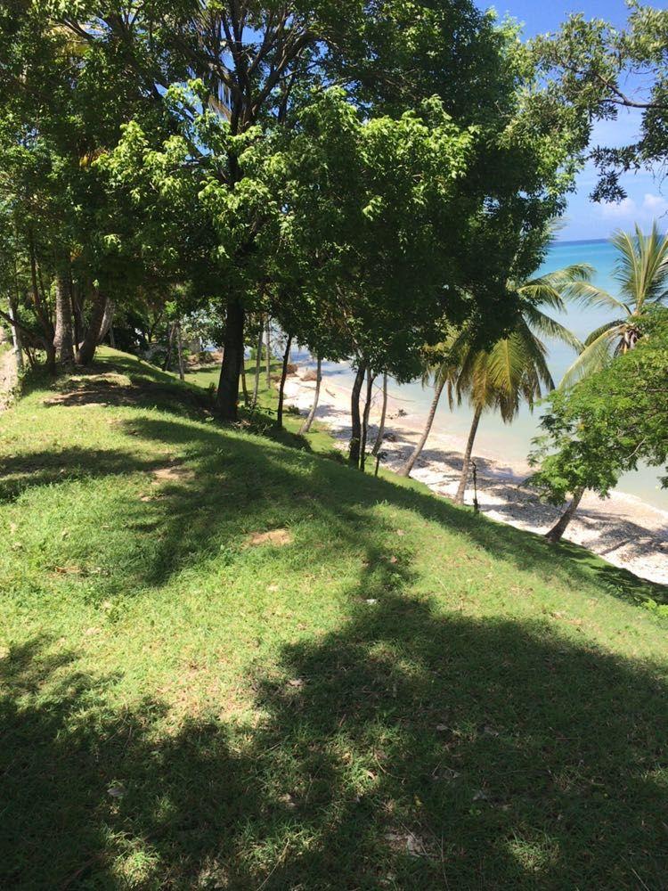 1,700 m2 Beachfront Land at Port Salut