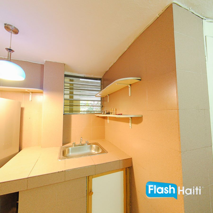 3 Bed, 2.5 Bath House For Rent at Pelerin 6