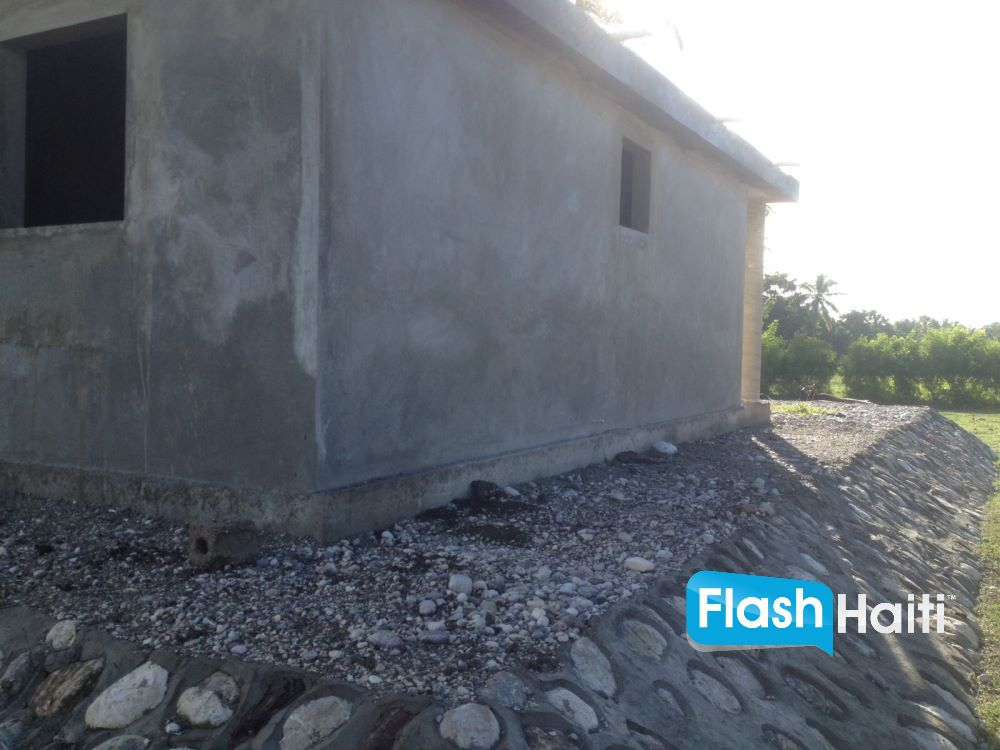 2 Bed, 1 Bath Home for Sale in Cayes