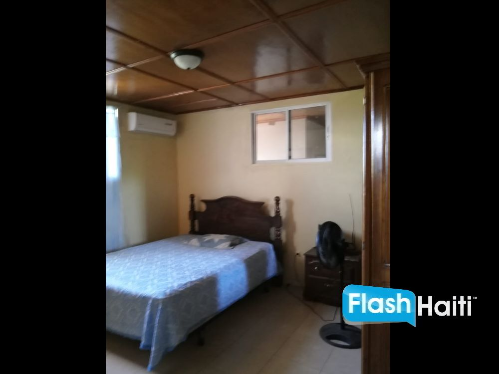 5 Bed, 5 Bath House For Rent at Santo