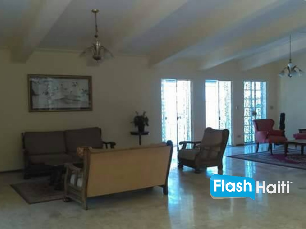 5 Bed, 4.5 Bath House for Rent in Montagne Noire