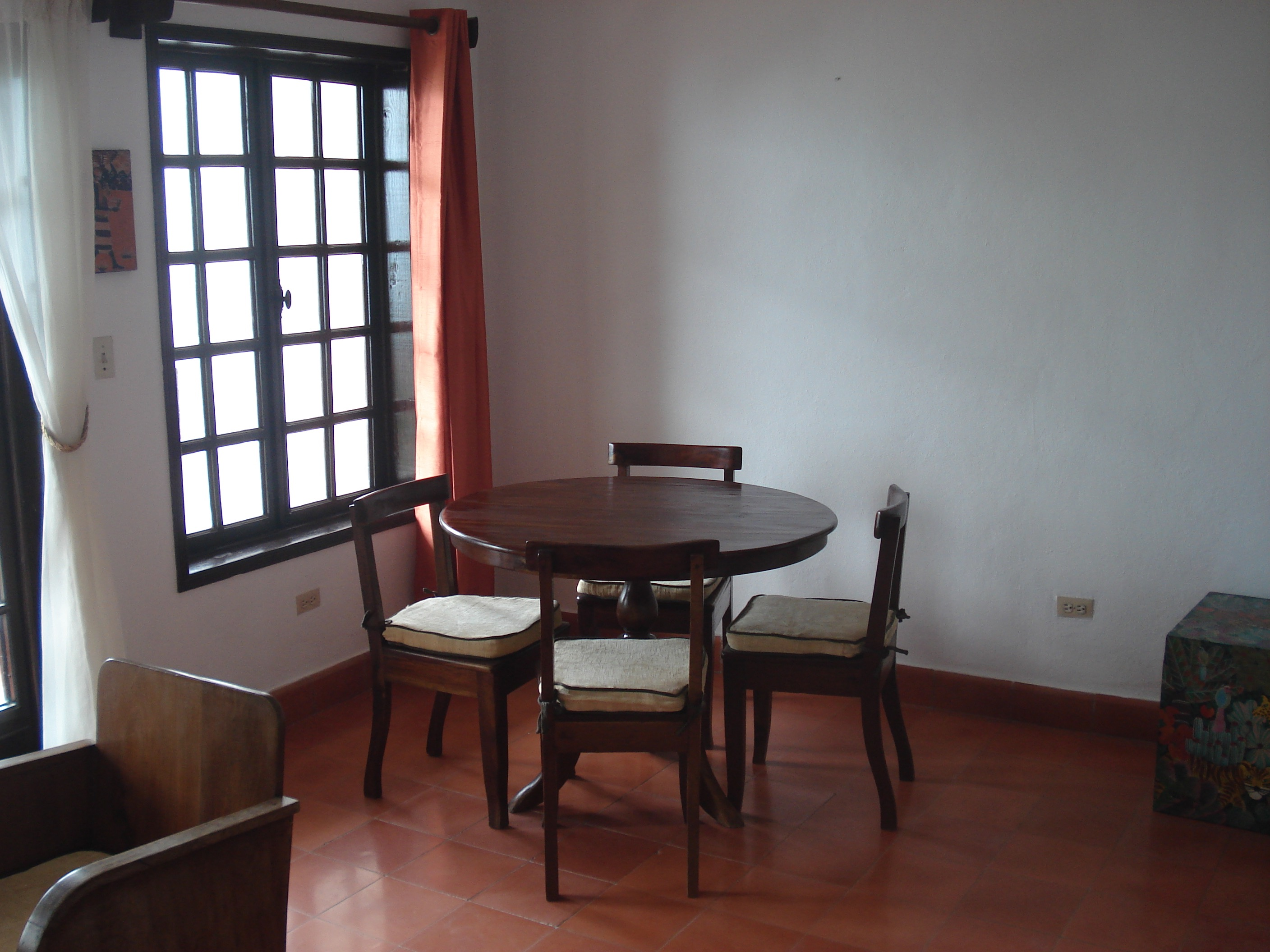 1 bedroom apartment, fully furnished in Montagne Noire