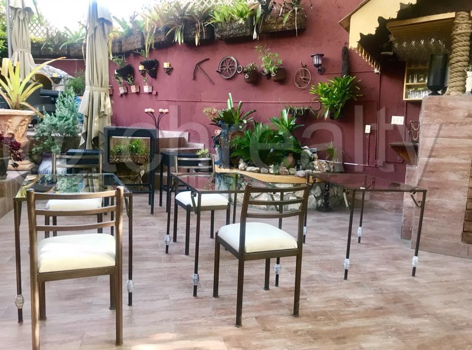 Espace Commercial Ideal Pour Un Restaurant/Lounge/Bar