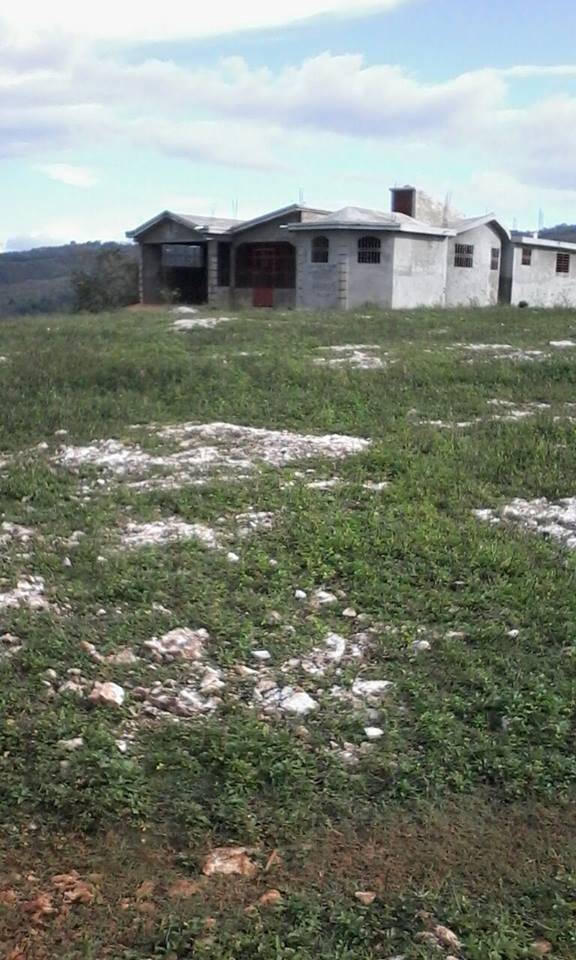 HOUSE + LAND FOR SALE
