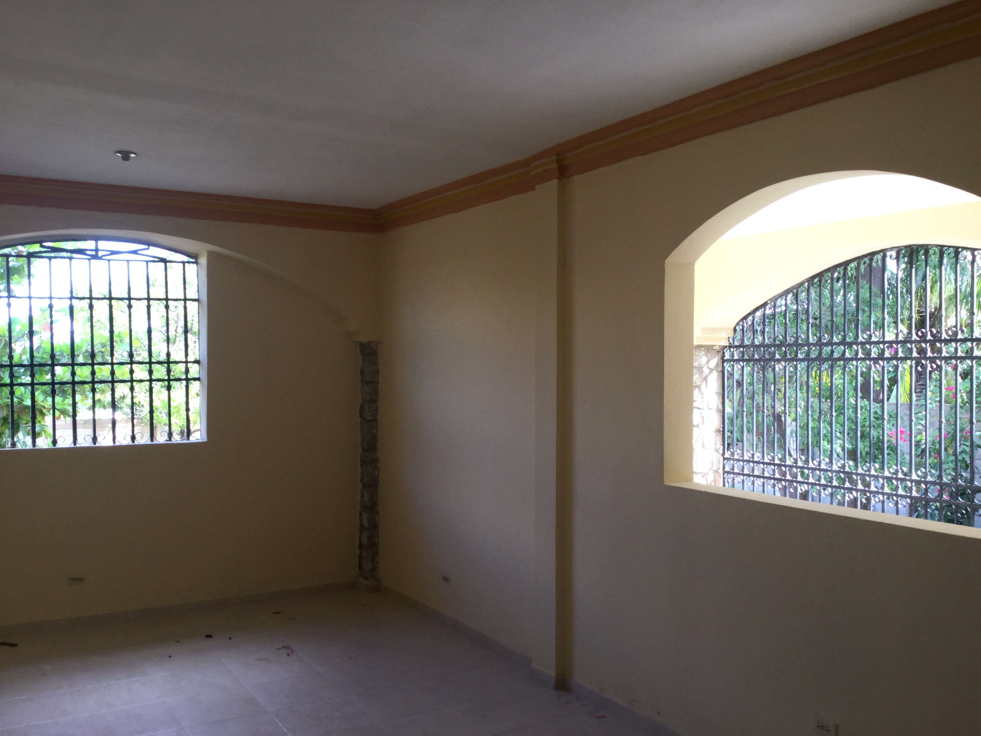 Charming Housefor Rent on Delmas 75