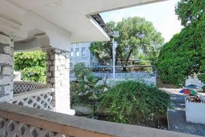 1950s 4 Bed, 2 Bath Home For Sale in Center Petion-Ville