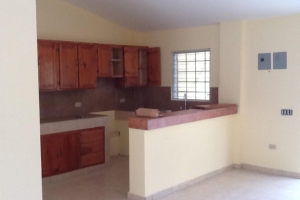 2 Bed, 1 Bath Apartment at Delmas 75