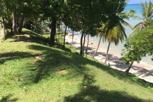 1,700 m2 Beachfront Land at Port Salut