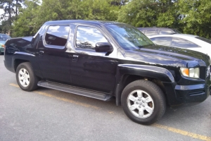 Belle Pick-up a vendre (Honda Ridgeline). prix negotiable