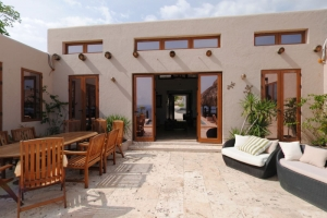Luxury Waterfront Home For Sale at Pierre Payen (51,600 m2 / 4 Carreau)