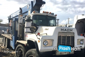 FOR RENT: 22 Ton Boom Truck