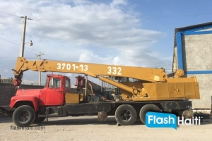 FOR RENT: 25 Ton Boom Truck