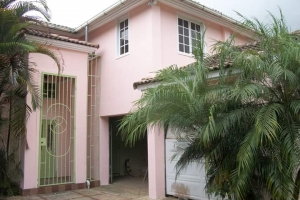 Spacious 3 Bed, 3 Bath Home for Rent at Fermathe