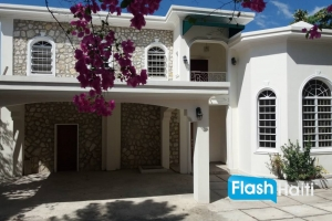 3 Bed, 2.5 Bath House For Sale at Peguy Ville