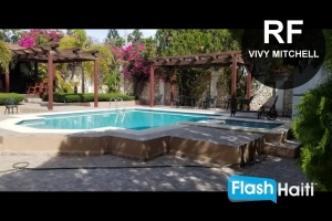 6 Bed, 6.5 Bath House with Pool for Rent at Vivy Mitchel