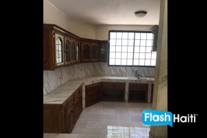 5 Bath, 4 Bath House for Sale in Pernier