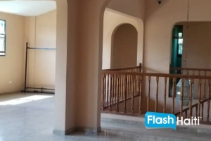 4 Bed, 3.5 Bath Independent House For Rent at Delmas 75