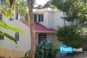 3 Bed, 3 Bath House at Vivy Mitchel