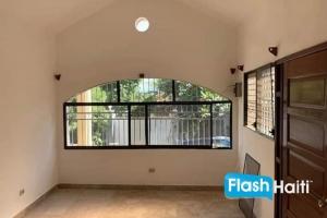 Appartement à Affermer à Delmas 75
