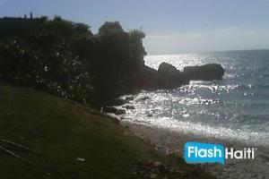30 Centièmes Terrain de plage a Vendre Jacmel