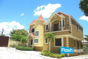 Townhouses for Sale at Vivy Mitchel