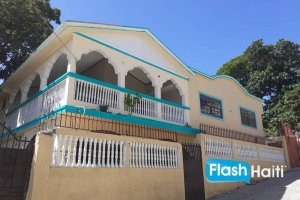 7 Bed, 4 Bath House for Sale at Cap Haitien
