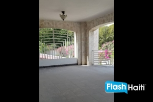 8 Bed, 6.5 Bath House with Pool for Rent at Vivy Mitchel