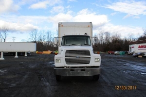 1995 Ford L7000 26' Foot Box Truck in Great Shape & Running no issues